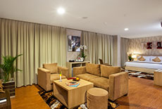 Days Hotel & Suites Jakarta Airport 1 King Royal Suite